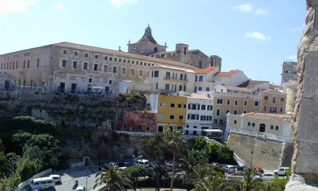 Een rondreis op Menorca, wat valt er te beleven?